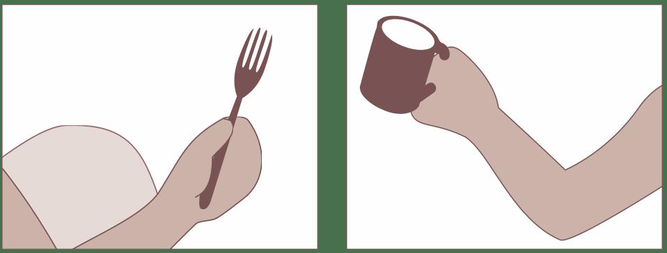 Gabel und Tasse jeweils in der Hand